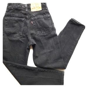 EUC Vintage Levi's 521 Taper Fit & Leg Jeans Petit